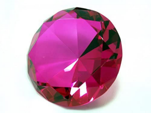 Hot pink diamond-cut crystal paperweight