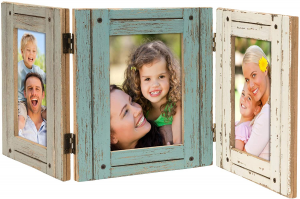 A picture frame set with 3 family pictures
