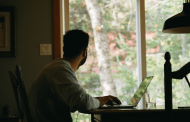 Man looking for a work-from-home bookkeeping job