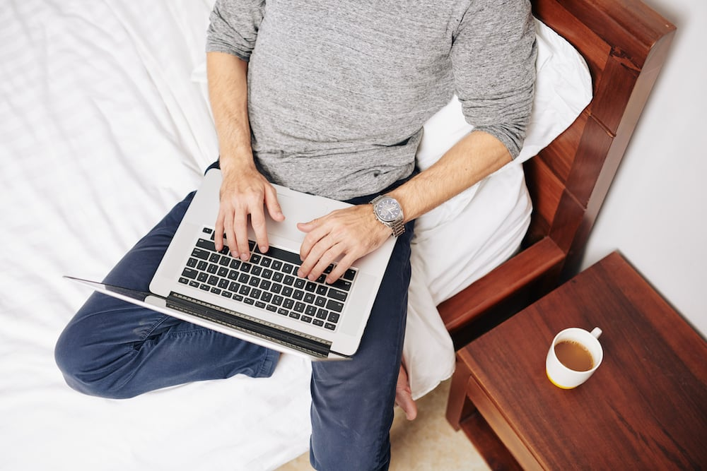 what is the best lap desk for macbook