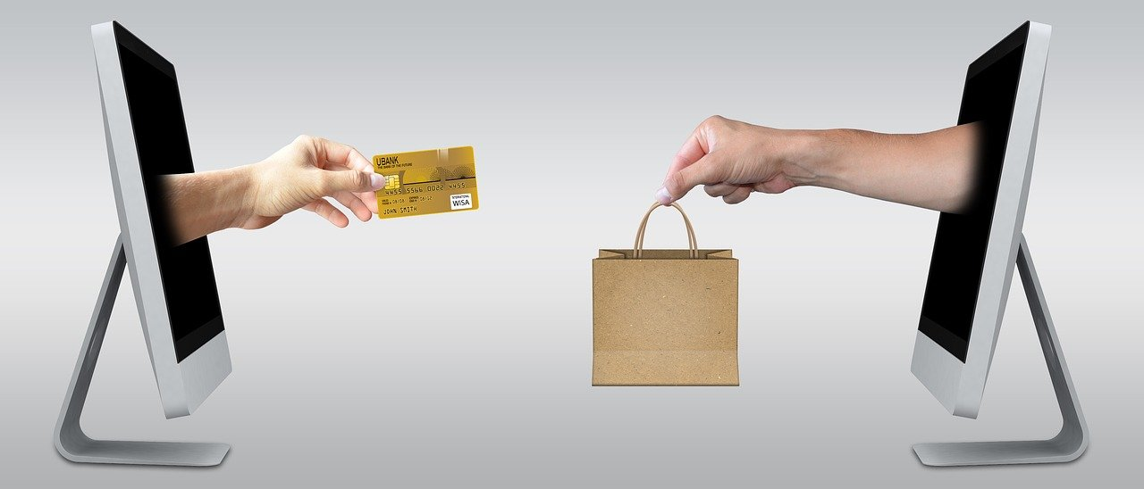 How Does an Ecommerce Website Make Money